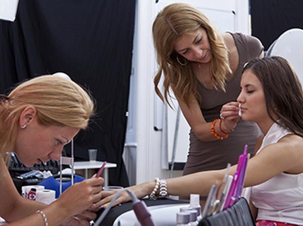 Miss Crystal Nails, Cserháti Tamara az Aktívban