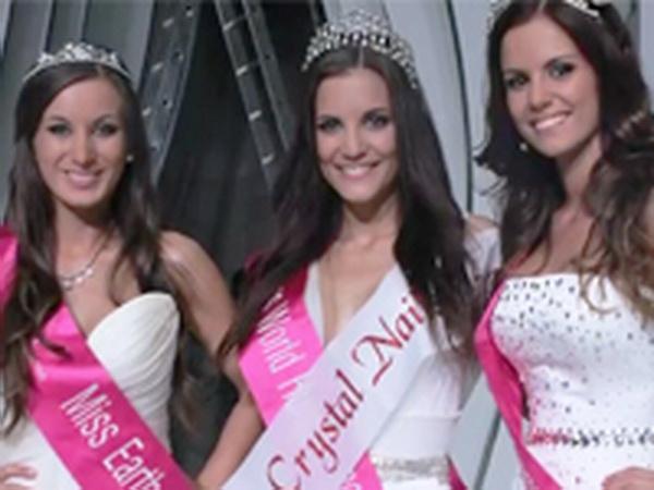 Szépségkirálynő választás 2012 - A Crystal Nails ruháiban, körmeiben és zsűrizésében